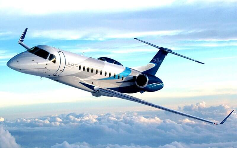 Embraer Legacy Jet 600-650 flying